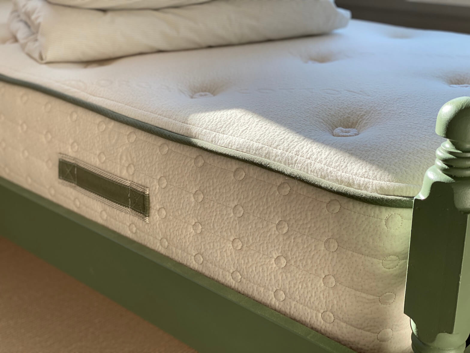 Avocado mattress review not sponsored non-toxic mattress organic mattress for toddlers