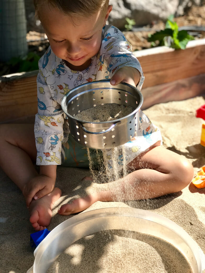 outdoor kids play sandbox diy